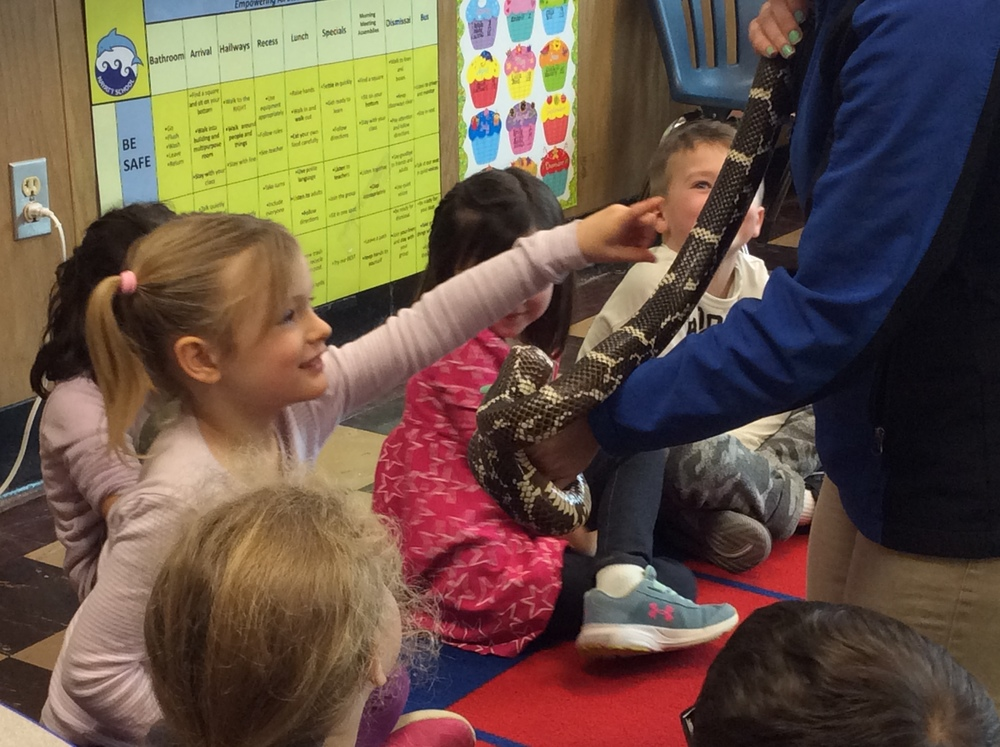 The Zoo Mobile visits Kindergarten